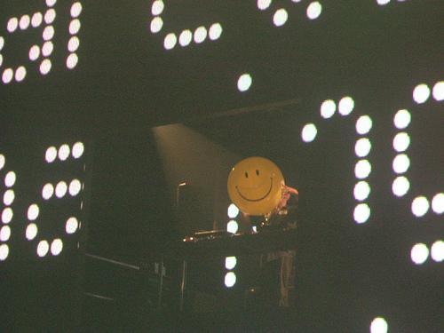 happy08